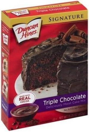 Duncan Hines Triple Chocolate Cake Mix 432g