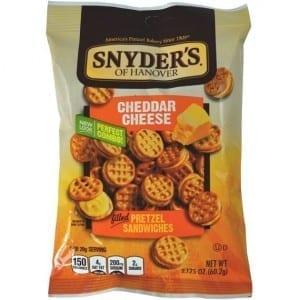 Snyder's Pretzel Sandwiches Cheddar Cheese 60g