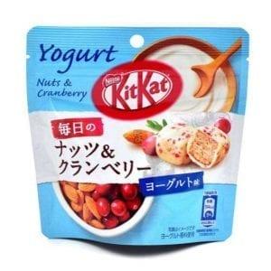 Kit Kat Mini Nuts & Cranberry Yogurt 36 g